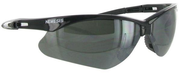 Óculos com lente de vidro