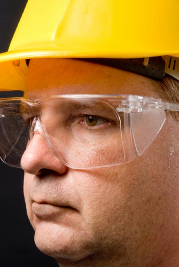 Qual é a diferença entre vidro, plástico e lentes de policarbonato ... d66cdee48f